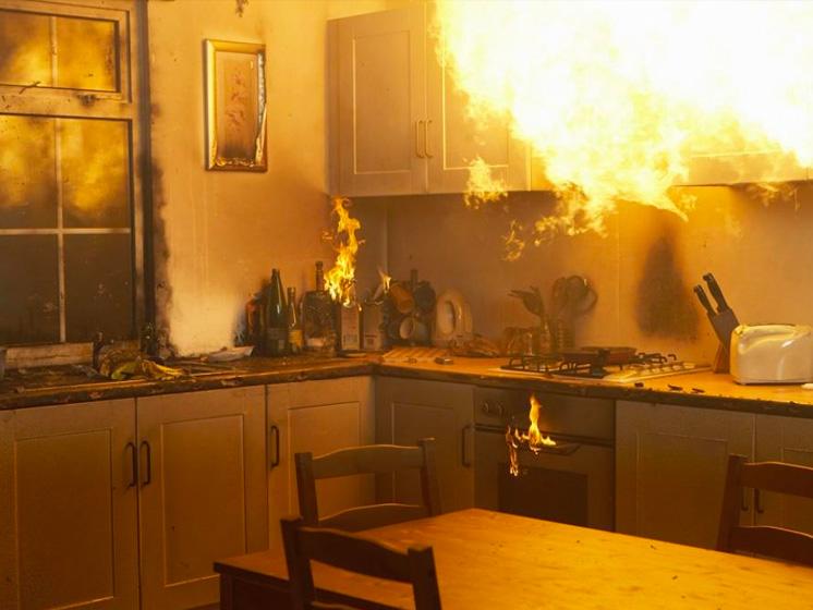 Consejos : ¿Qué hacer si se produce un incendio en tu casa?