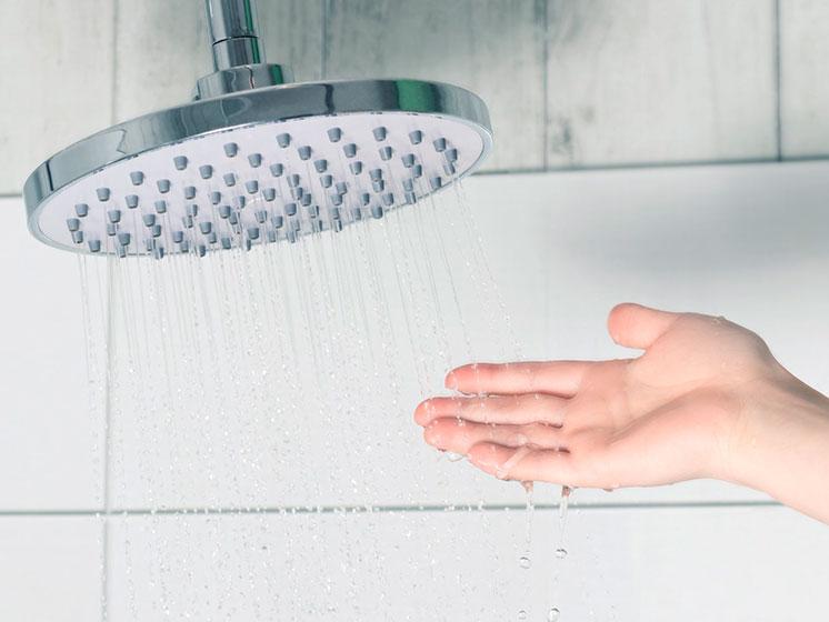 Tips para ahorrar agua caliente.
